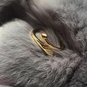 Jewelry - Gold Heart Arrow Ring